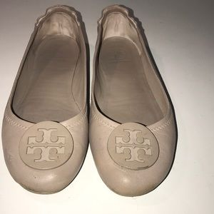 Tory Burch travel or flats good used condition